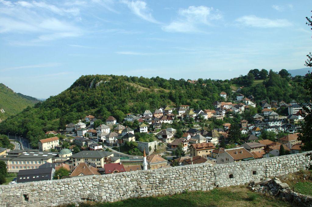 Вид на Травник с крепости. Aktron, CC BY 3.0