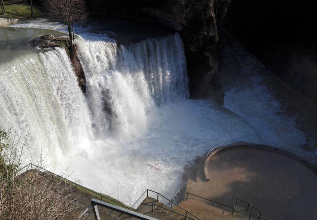 Водопад в Яйце. Фото: Елена Арсениевич, CC BY-SA 3.0