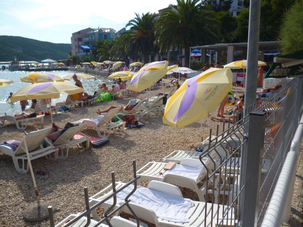 Пляж у отеля Grand Hotel Neum. Фото: Елена Арсениевич, CC BY-SA 3.0