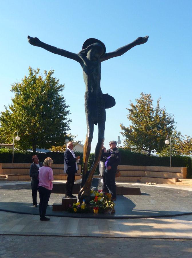 Статуя Воскресшего Спасителя. Меджугорье. Фото: Елена Арсениевич, CC BY-SA 3.0