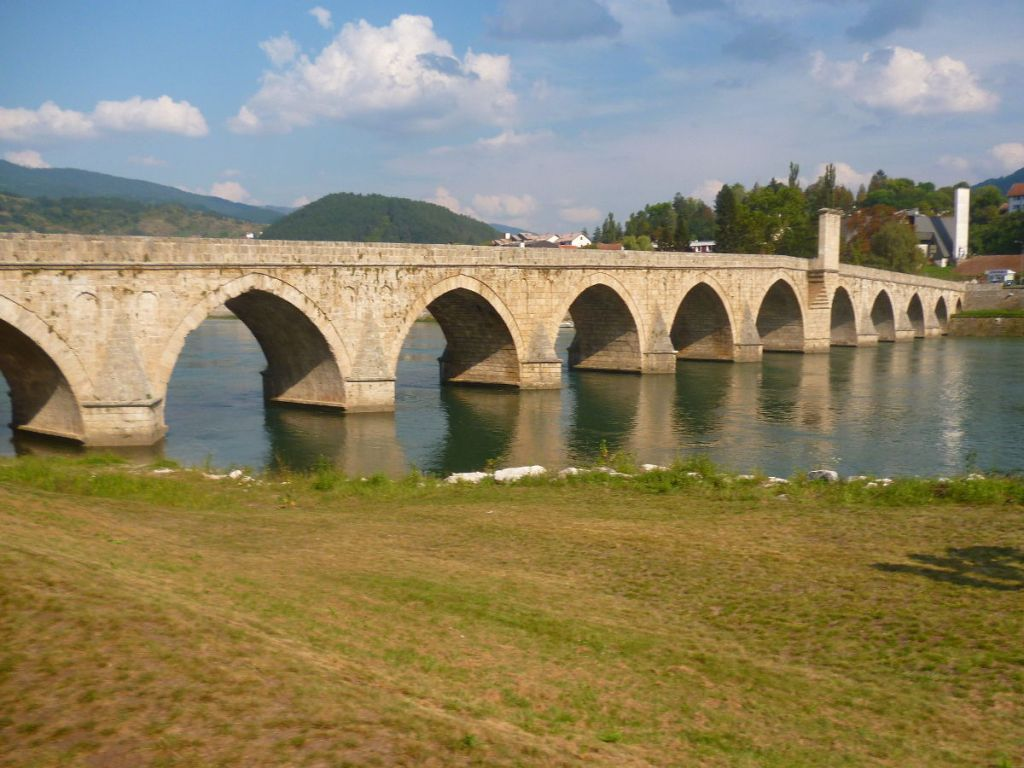 Мост Мехмеда-паши Соколовича. Фото: Елена Арсениевич, CC BY-SA 3.0