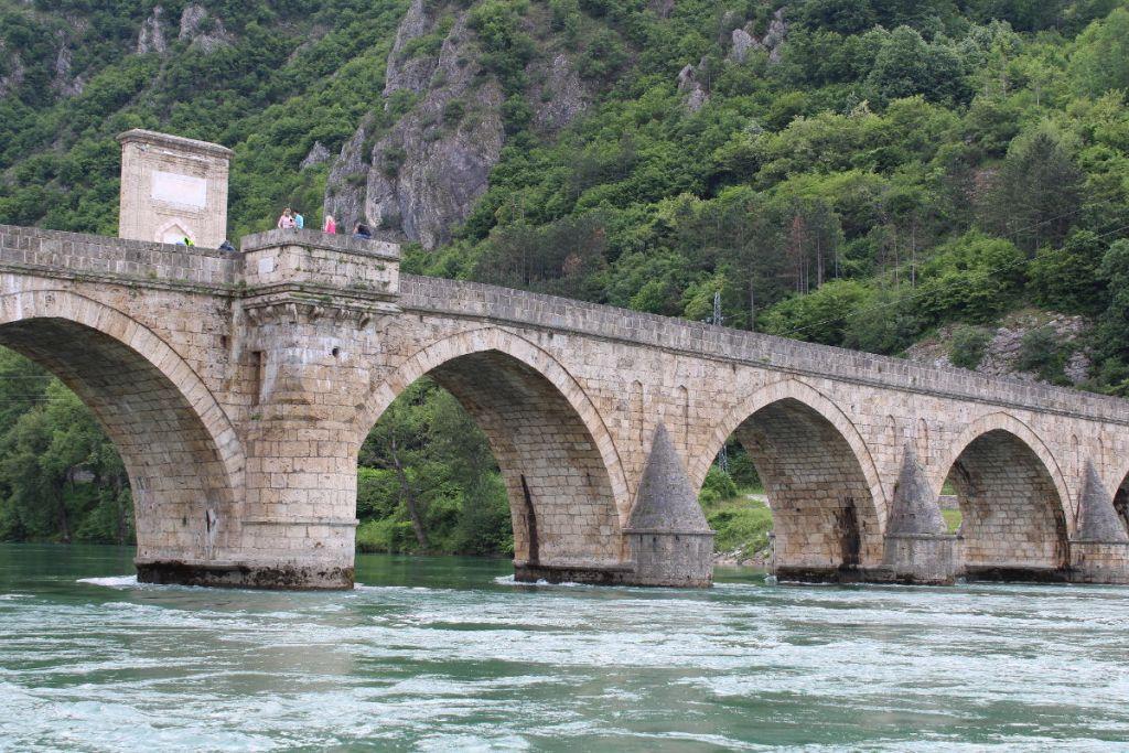 Вид на мост с катера. Фото: Елена Арсениевич, CC BY-SA 3.0