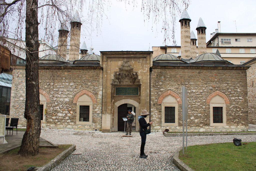 Медресе Куршумлия, основанное в 1537 году. Фото: Елена Арсениевич, CC BY-SA 3.0