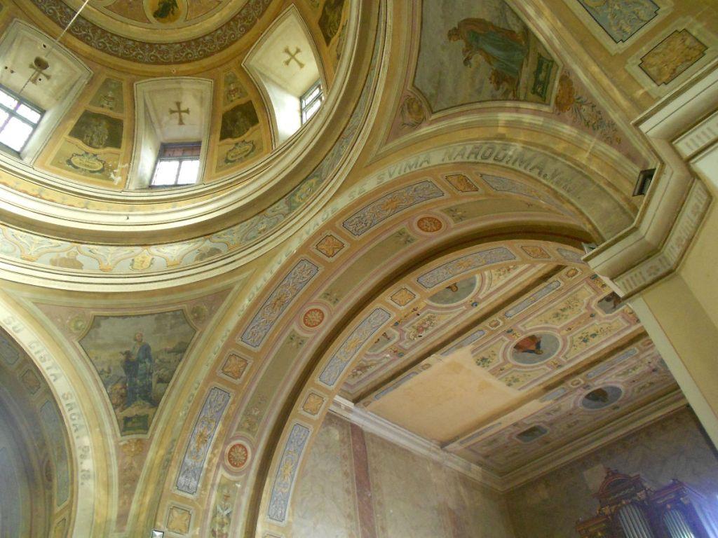 Церковь расписал Йосип Оиснер. Фото: Елена Арсениевич, CC BY-SA 3.0