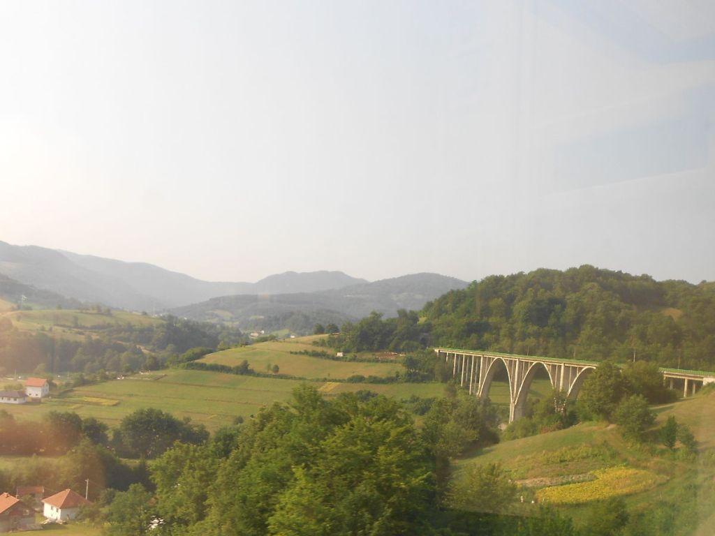 Железнодорожный мост. Фото: Елена Арсениевич, CC BY-SA 3.0