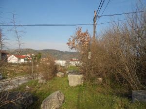 Некрополь над дорогой Столац-Мостар. Фото: Елена Арсениевич, CC BY-SA 3.0