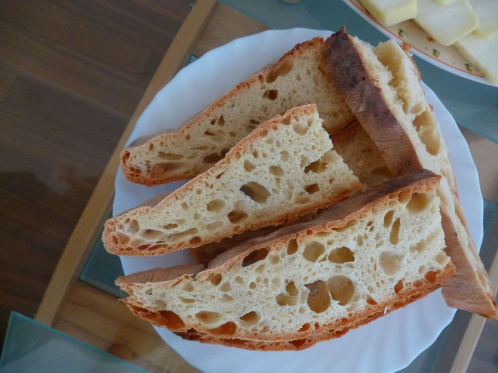 Хлеб домашней выпечки. Фото: Елена Арсениевич, CC BY-SA 3.0