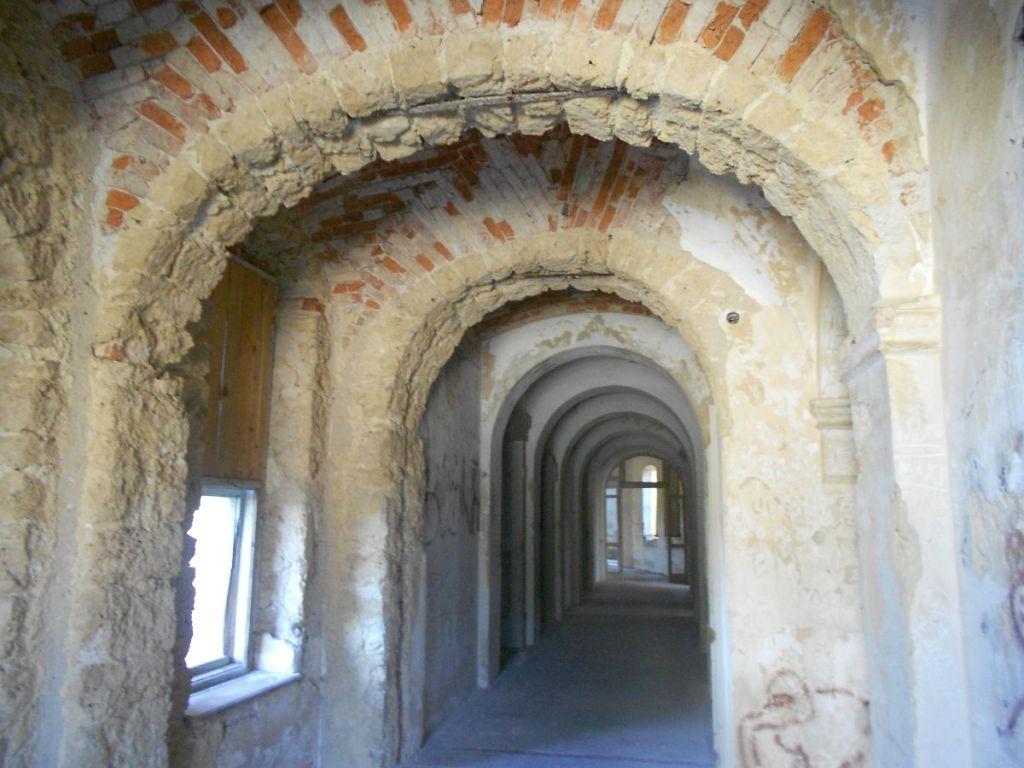 Внутри замка. Фото: Елена Арсениевич, CC BY-SA 3.0