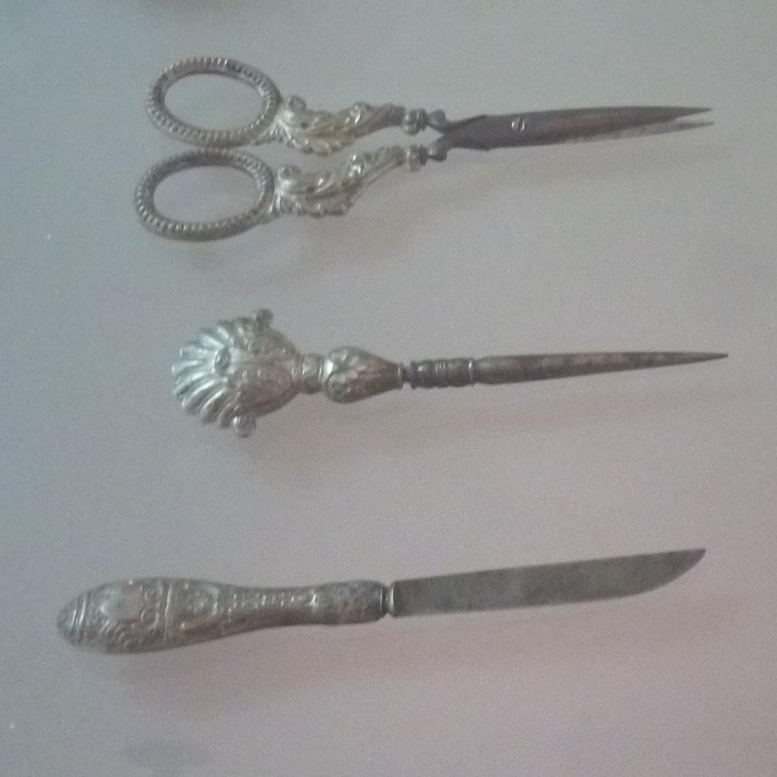 Рабочие инструменты казаза. Музей Бруса Безистан. Фото: Елена Арсениевич, CC BY-SA 3.0