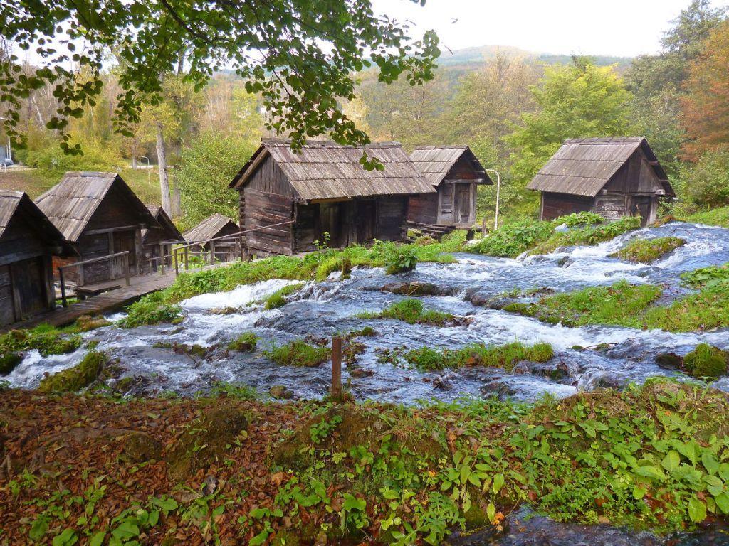 Потоки воды к мельницам. Фото: Елена Арсениевич, CC BY-SA 3.0