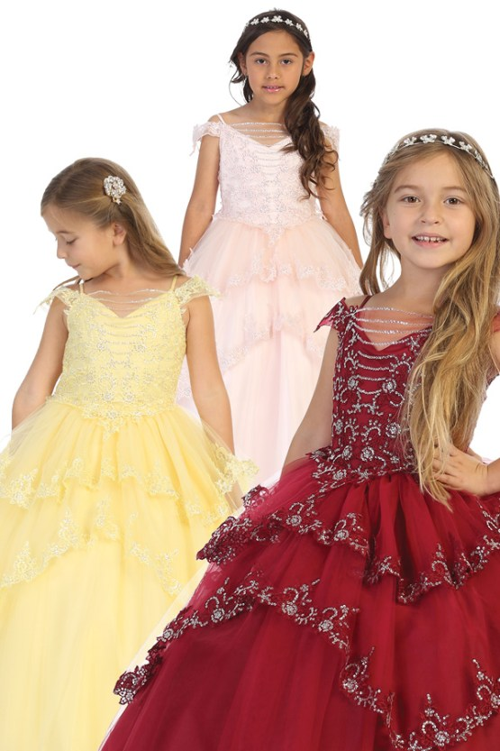 Wholesale flower girls dresses with rhinestones.