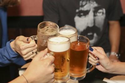 女性の薄毛予防、アルコールを控える