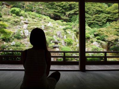 瞑想で心も身体も健康に!血行促進して美容効果も