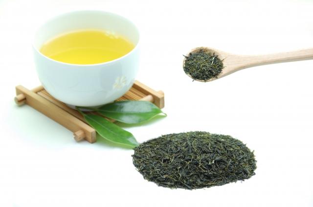 美白だけじゃない!緑茶にはダイエット効果もあり?