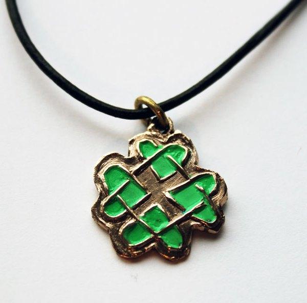 Pendentif cœurs celtiques