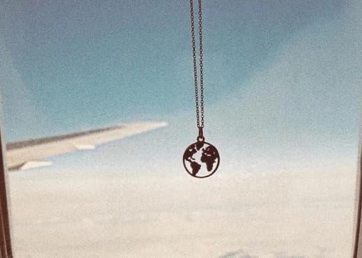 Collier Globe