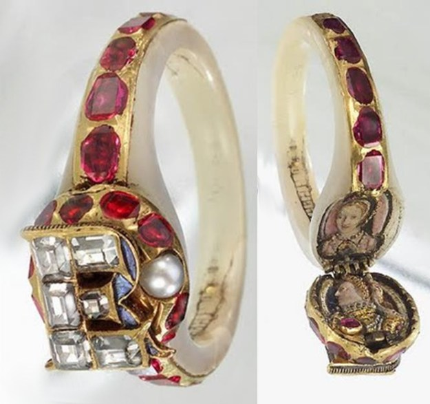 Bague porte photo reine Elizabeth I