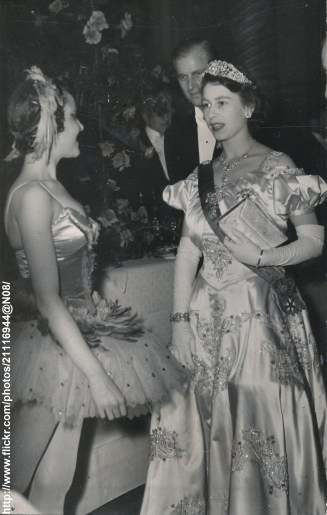 1948 05 18 Pcess Elizabeth's Visit to France 2 at the Opera
