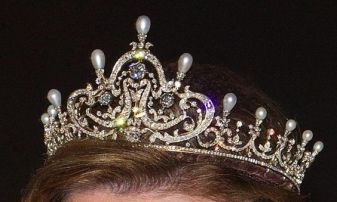 queen-mauds-pearl-diamond-tiara-2