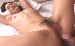 膣内放尿マニア驚愕映像!子宮内おしっこ三十路美熟女 村上里沙