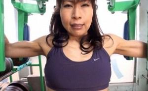マッスルボディ長身熟女トレーナーの異常性欲 迫力満点の筋肉SEX!