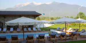 The pool at the Kempinski Bansko