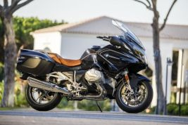P90322743_lowRes_bmw-r-1250-rt-09-201