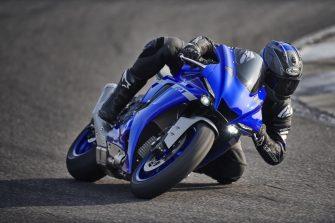 2020-Yamaha-YZF-R1- (22)