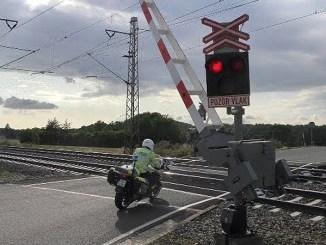 policista-motorka-video