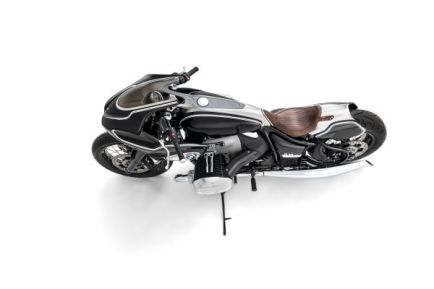 P90396875_lowRes_bmw-motorrad-present