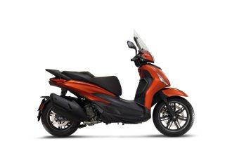 03-Piaggio-Beverly-400-hpe-S-1024x731