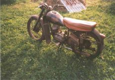 ukradeny_motocykl-CZ_125_C-patrani_policie- (3)