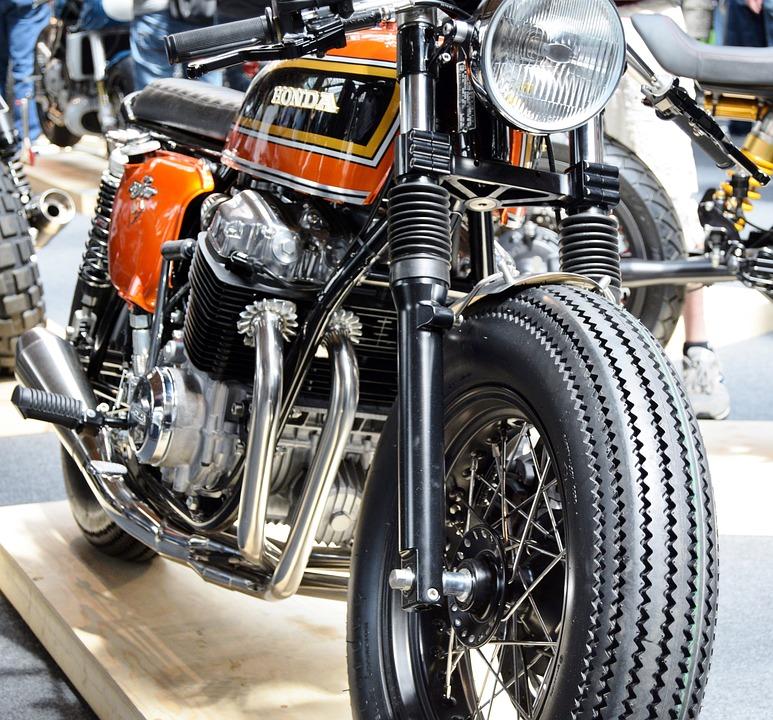 ホンダ オートバイ 750