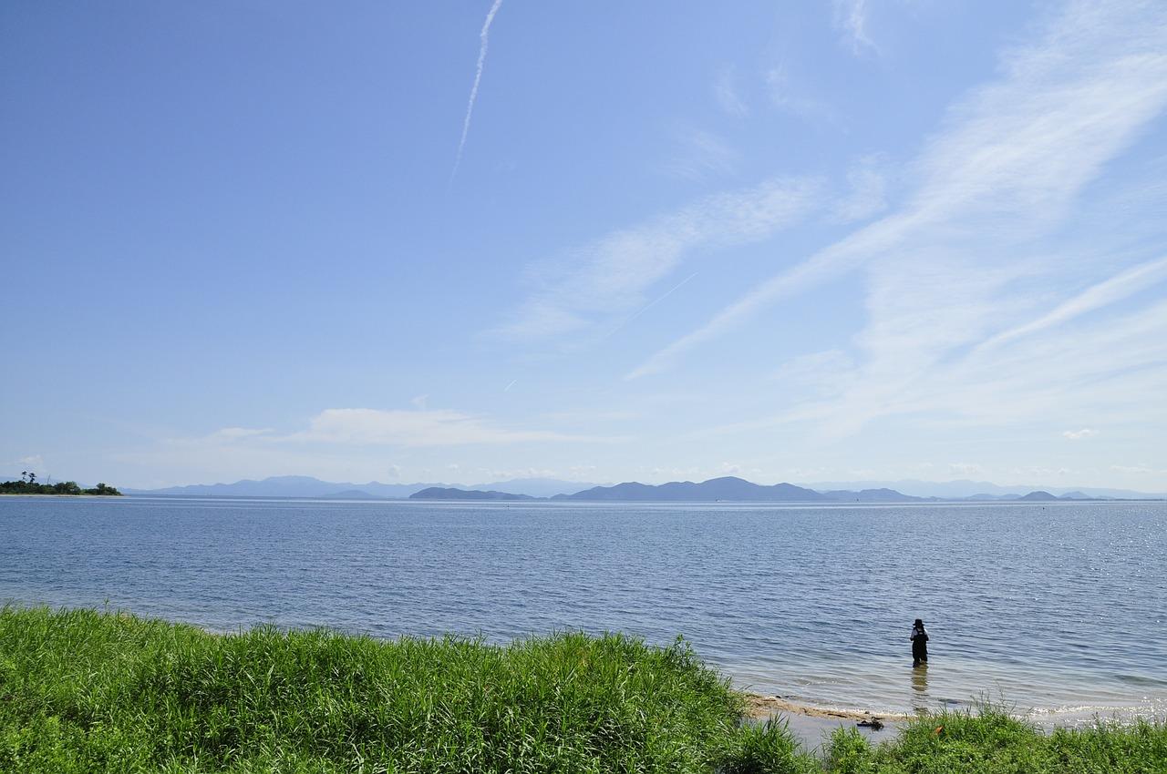 琵琶湖 志賀駅近くの琵琶湖 9月の琵琶湖