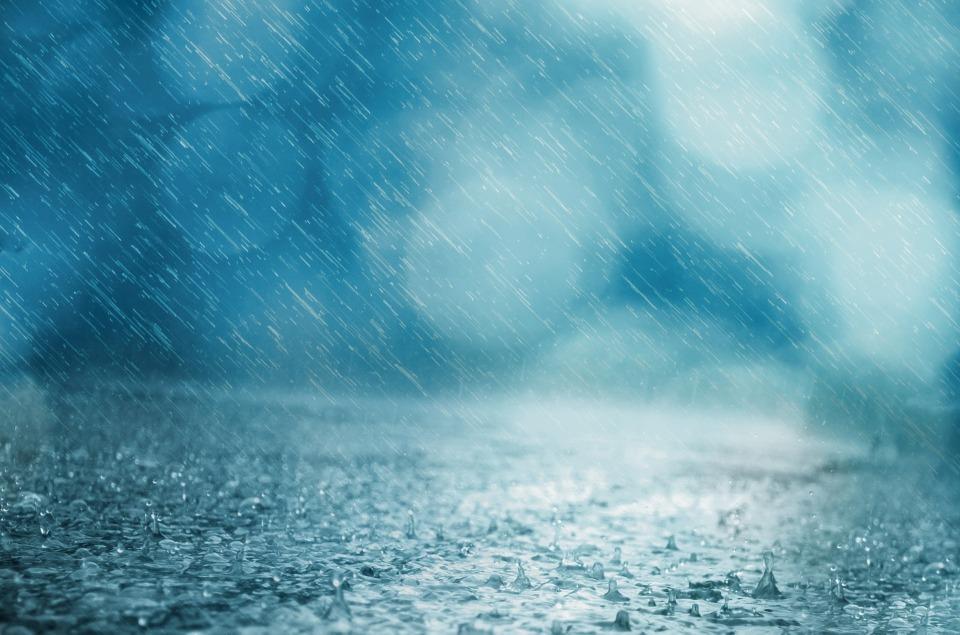 雨 背景 ドロップ 天気予報 水 嵐 シャワー 落下 池 青 要約 影響 冷