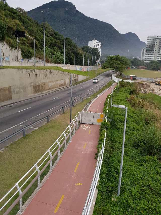 Ciclovia interditada no Rio agora é vandalizada (5)