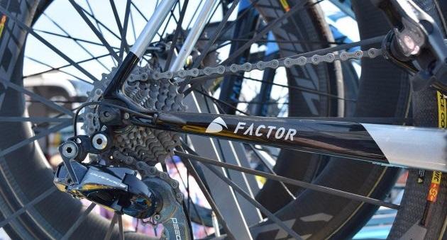 Factor O2 de Romain Bardet customizada para o Tour de France 2018 (2)