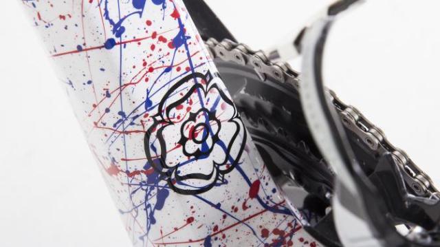 A Genesis Zero SL com pintura especial de Connor Swift (6)
