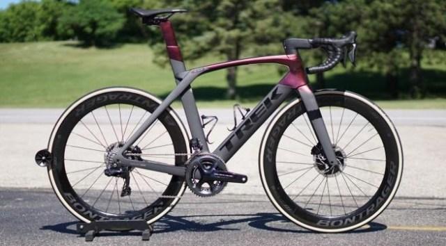 As top 5 bicicletas de estrada aero para 2019 madone_delaney.jpg