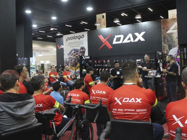 Audax Party agita segunda noite da Bike Brasil com lançamento exclusivo (3).jpg