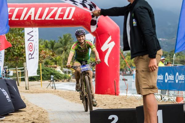 Edivando Souza Cruz e Aline Simões são campeões do Warm Up Pro da Brasil Ride Ilhabela (6).jpg