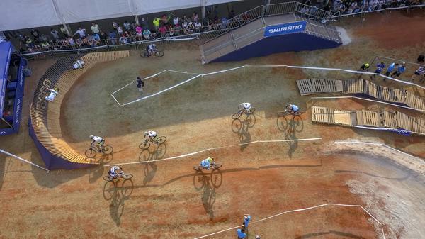 Vista aérea da pista do MTB Short Track (Fernando Siqueira FS Fotografia