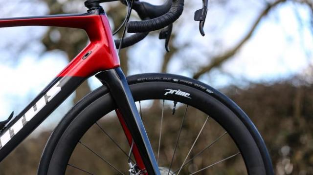 A Bike da British Continental team para 2019 - Vitus Pro Cycling ZX1 Team Aero Disc (11)