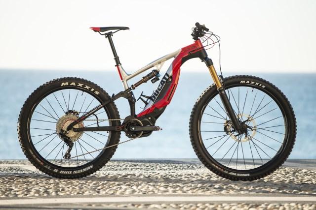A marca italiana de moto Ducati apresenta sua e-mtb (9).jpg