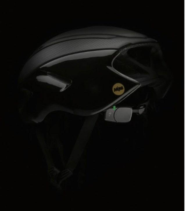Specialized lança capacete com tecnologias de detecção de impacto, que chama socorro em graves acidentes (3)