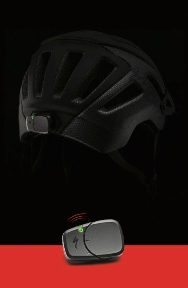 Specialized lança capacete com tecnologias de detecção de impacto, que chama socorro em graves acidentes (4).jpg