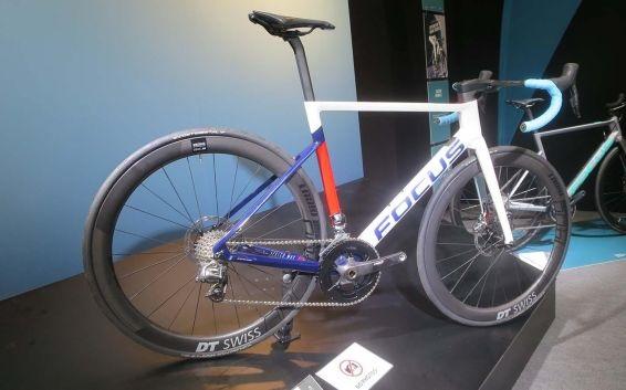 Focus Izalco Max - A bike aero com freios a disco mais leve do mercado (14)