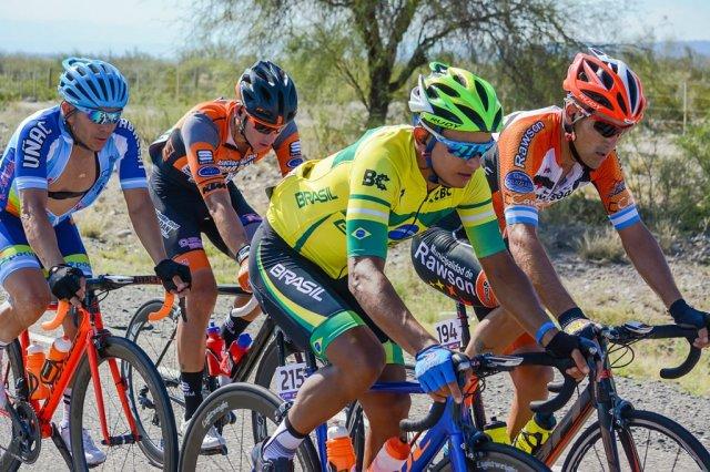 Brasil estreia bem na Volta Ciclística de San Juan.jpg
