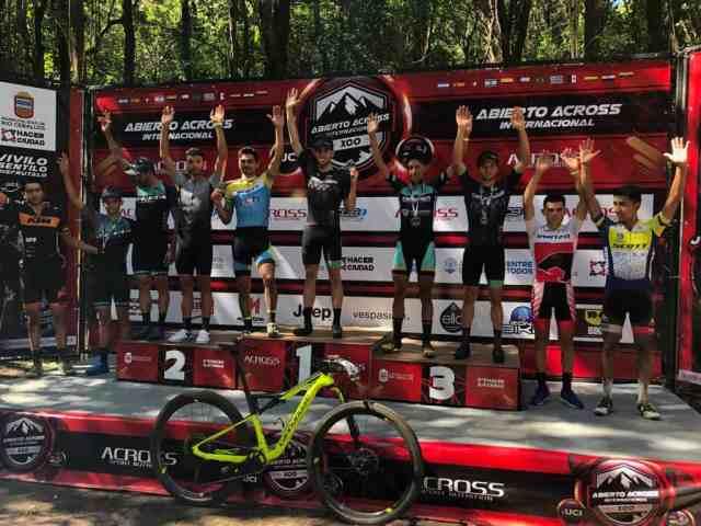 Guilherme Muller vence Abierto Across, na Argentina