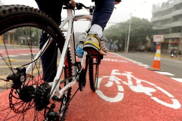 Ciclista ciclovia.jpg
